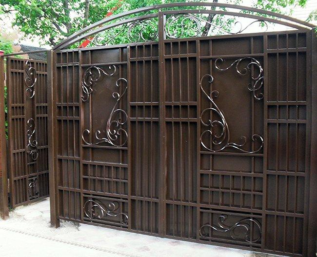 Ворота где можно заказать фиксация открытых уличных ворот